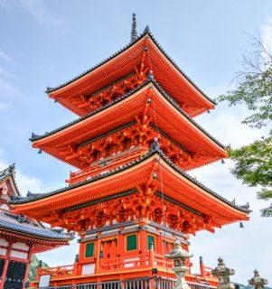 senso-ji-temple-1437677_1280-301x320.jpg