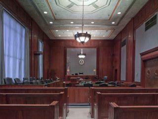 courtroom-898931_1280-320x241.jpg